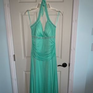 Mint green prom dress. Size XL (fits like 16/18).
